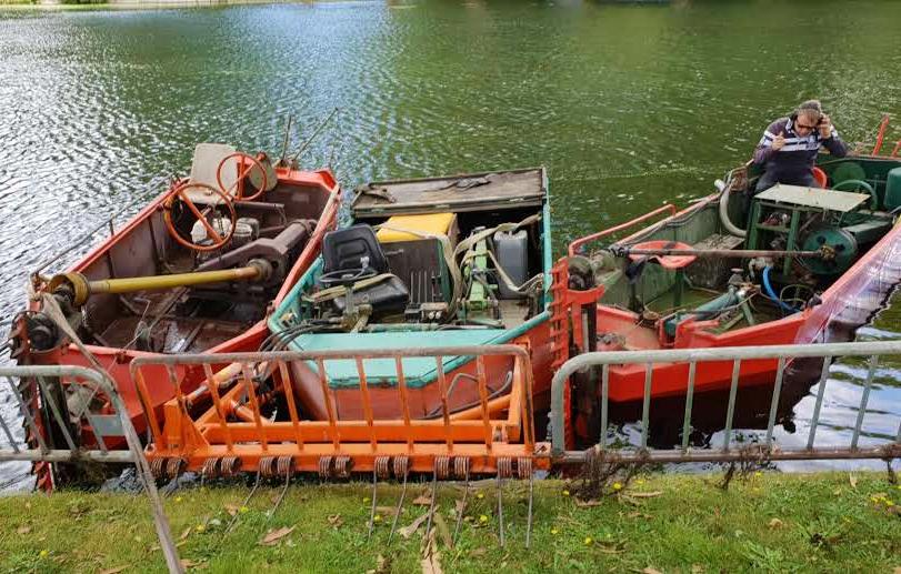 bateaux faucardeurs